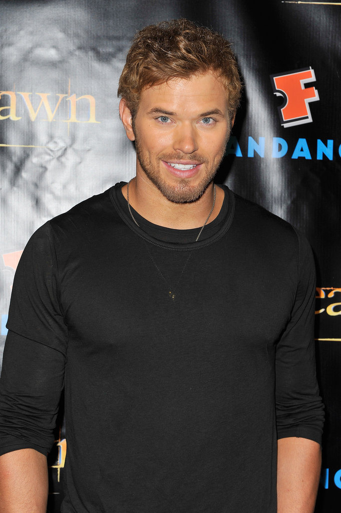 Kellan Lutz posed at the Breaking Dawn Part 2 party at Comic-Con.