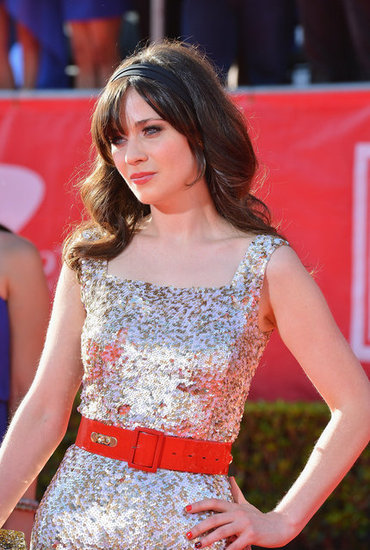 Zooey Deschanel dazzled on the ESPY Awards red carpet.