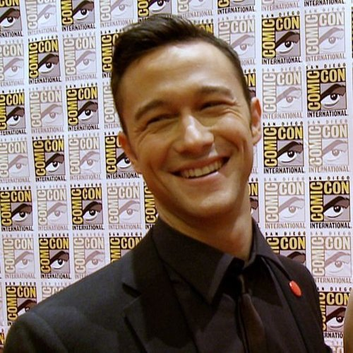 Joseph Gordon-Levitt Looper Interview at Comic-Con (Video)