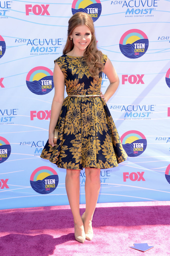All the Stars on the Teen Choice Awards Carpet!