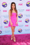 Selena Gomez hit the carpet at this evening's Teen Choice Awards in LA.