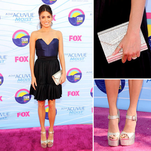Pictures of Twilight's Nikki Reid in Contrarian New York Dress on the Red Carpet at the 2012 Teen Choice Awards: Rate it?