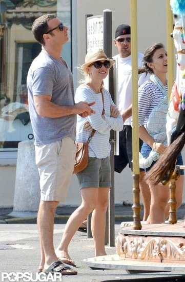 Naomi Watts and Liev Schreiber took their boys to a merry-go-round in the South of France.