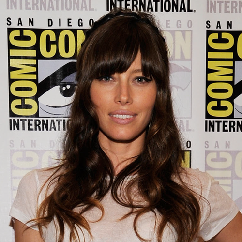 Jessica Biel Wears White and Hot Pink at Comic-Con (Video)