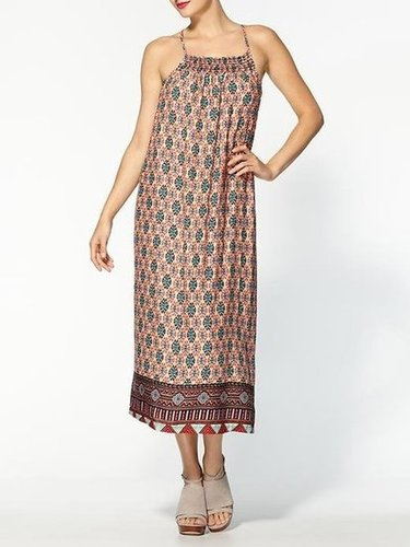 Wear this one on the beach, or belt it and take it right to work.  Dee & Ray Anna Dress ($69)
