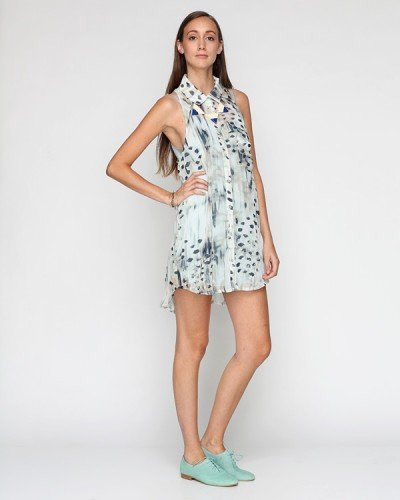 We love the polished silhouette on a breezy dress with a standout print.  Need Supply Co. Paris Roots Dress ($82)