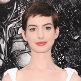 Anne Hathaway in White at The Dark Knight Rises Premiere (Video)