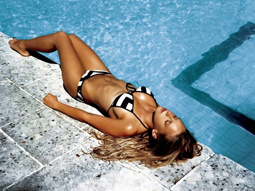 Ludivine Sagnier, The Swimming Pool