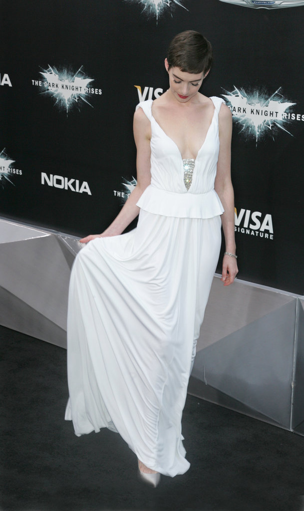 Anne looked utterly feminine in this ethereal Prabal Gurung at the film's NYC premiere.