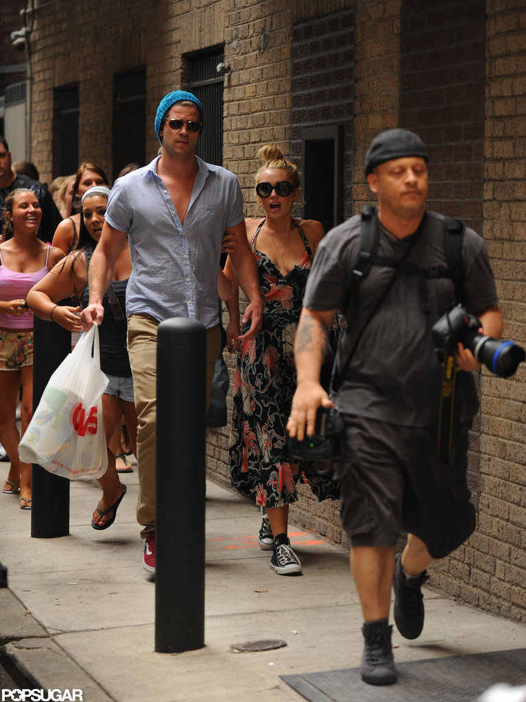 Miley Cyrus and Liam Hemsworth were followed by fans on their way to their Philadelphia hotel.
