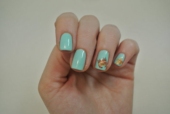 Under-The-Sea Themed Nails: DIY Nail Art Using Water Decals