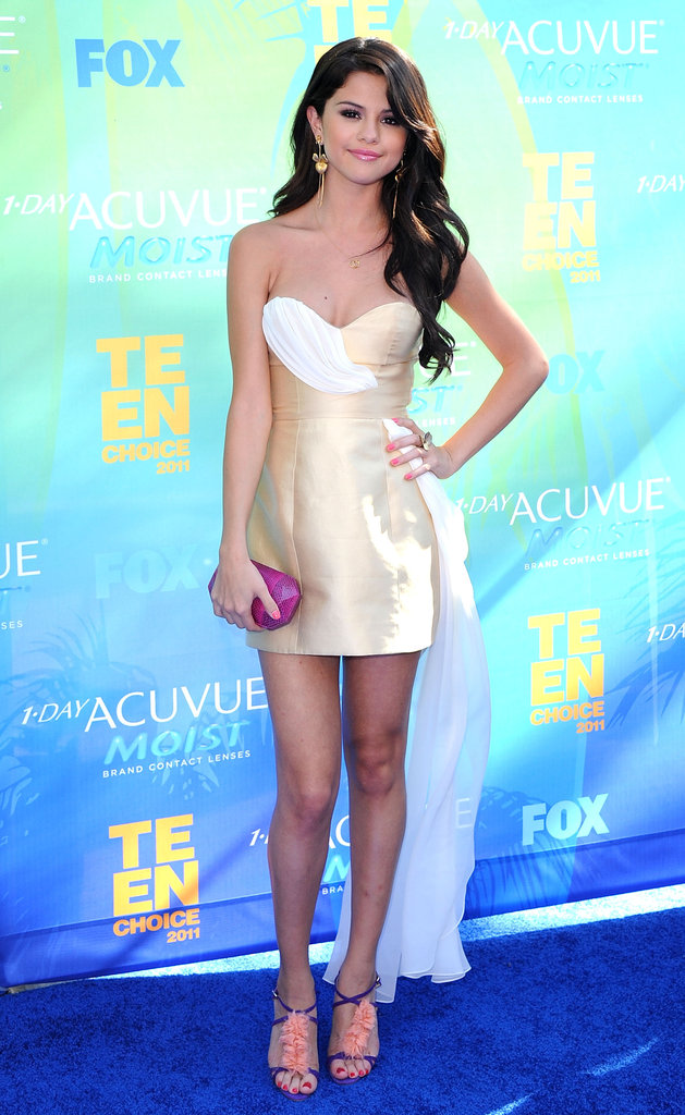 Selena's strapless Erin Fetherston mini was a hit at the Teen Choice Awards in 2011.