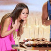 Selena Gomez Birthday at Teen Choice Awards (Video)