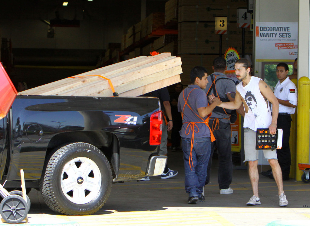 Shia LaBeouf thanked a helpful Home Depot associate.