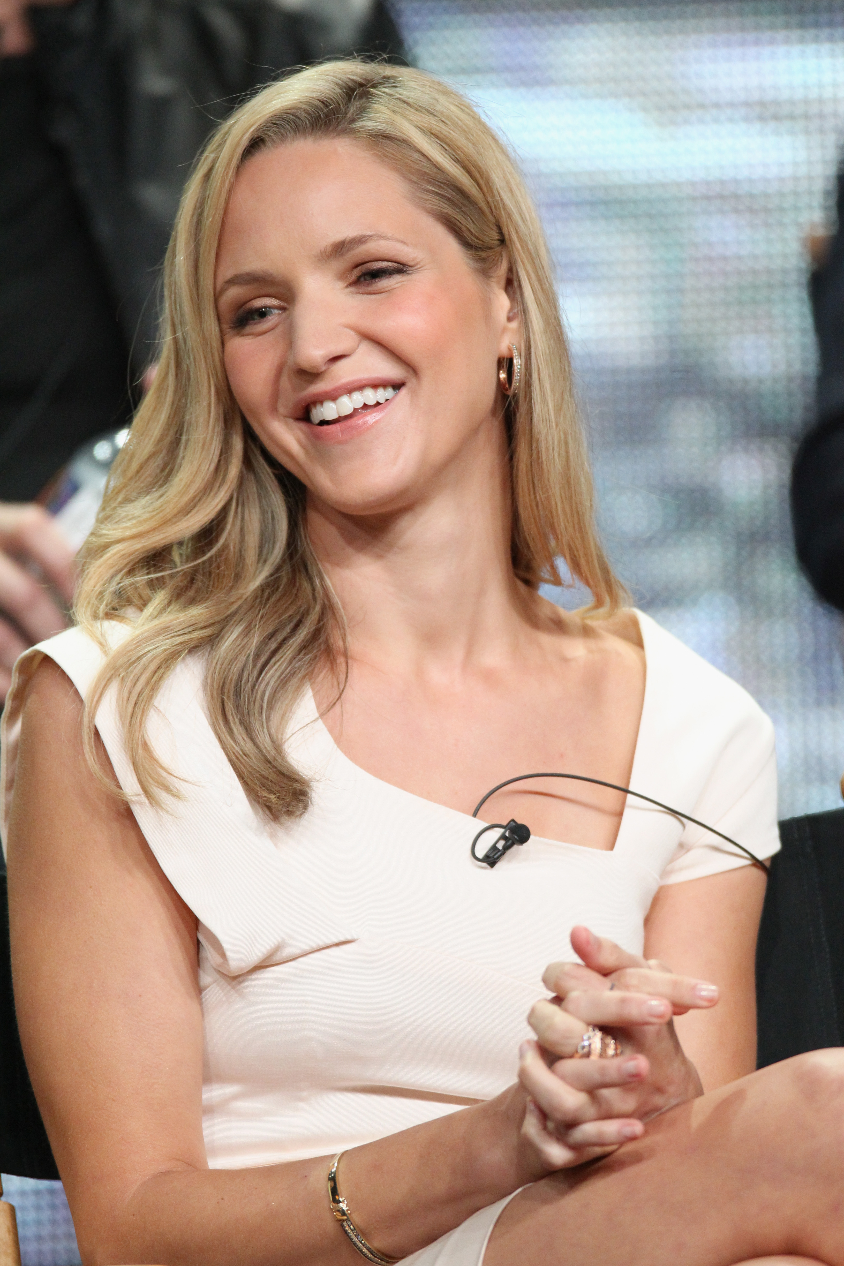 Star Jordana Spiro looked lovely in white at the panel.