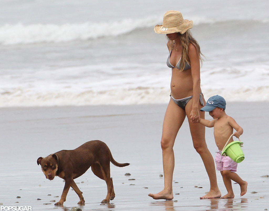 Gisele Bundchen held Ben's hand on the beach.
