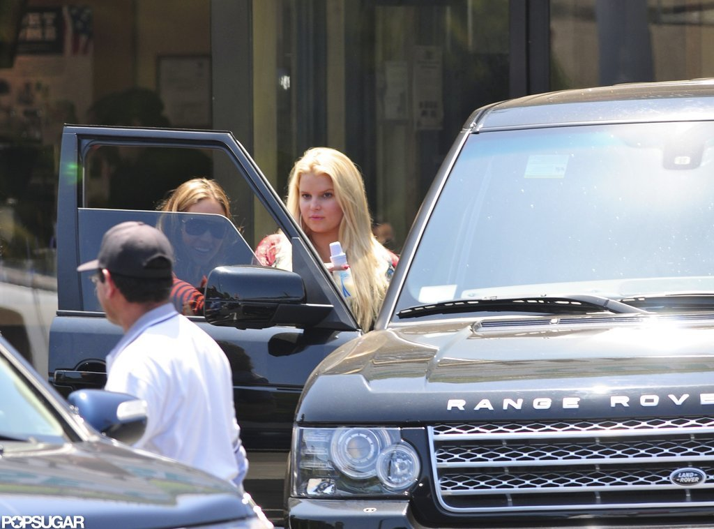 Jessica Simpson Brings Baby Maxwell Out to Lunch