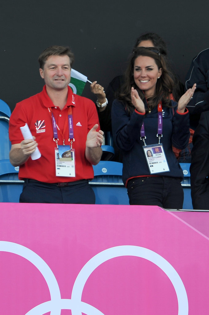 Kate Middleton clapped for the field hockey players.