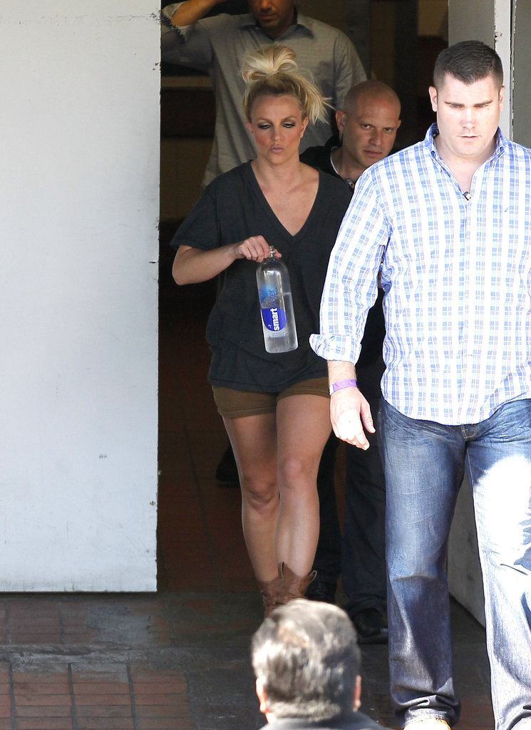 Britney Spears left her photo shoot in LA.