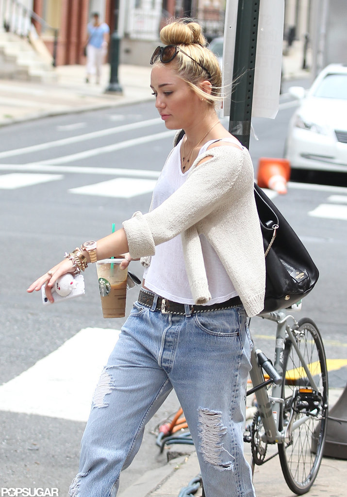Miley Cyrus Walking Dog In Philadelphia Pictures