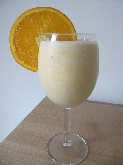 Whether it's a Creamsicle or an Orange Julius, there is something about a dairy-rich orange treat that screams summertime! The fresh orange juice, coconut milk, and protein powder in this orange creamsicle smoothie makes for a refreshing way to recover after an outdoor sweat session.