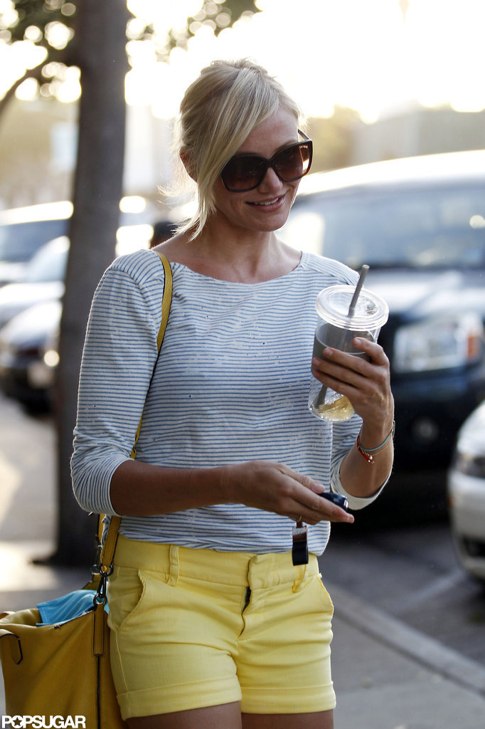 Cameron Diaz left the hair salon and made her way to her car.