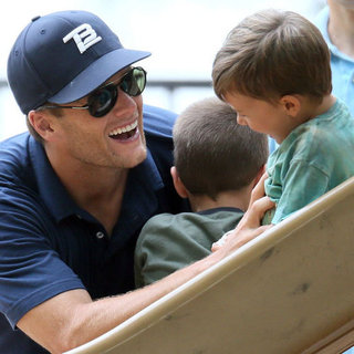 Tom Brady Plays With Jack and Ben Brady | Pictures