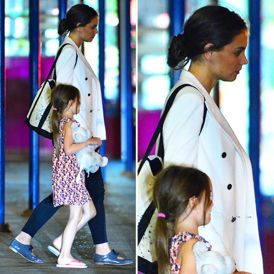 We want this whole look from Katie Holmes — right down to her oxfords.