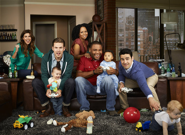 The cast of NBC's Guys With Kids.