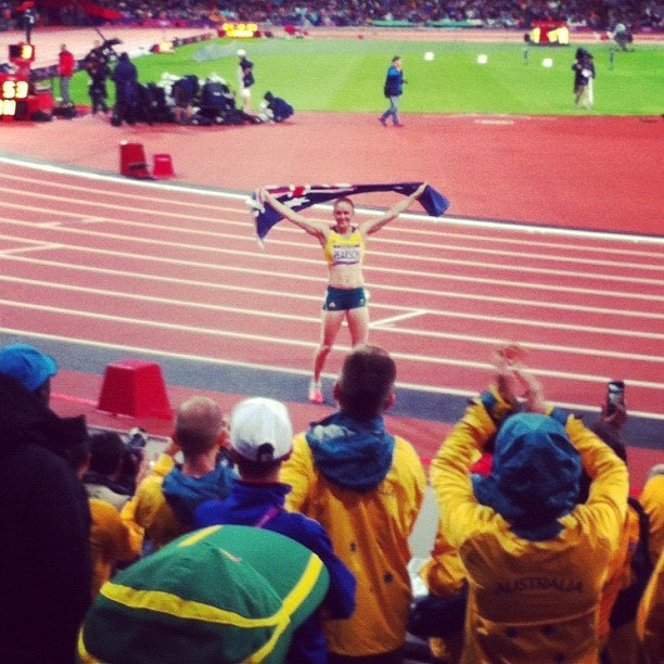 Sally Pearson celebrates her gold win in the 100m hurdles. Source: Instagram user itsstephrice