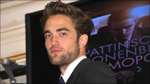 Robert Pattinson to play Lawrence of Arabia Opposite Naomi Watts!