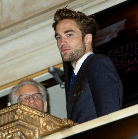 New Pics:Robert Pattinson and David Cronenberg at NYSE
