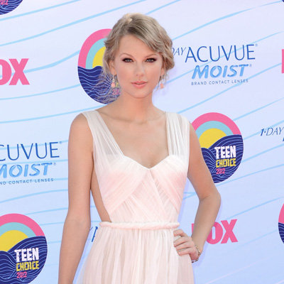 Taylor Swift Buys a House Near Kennedys' Family Home in Massachusetts