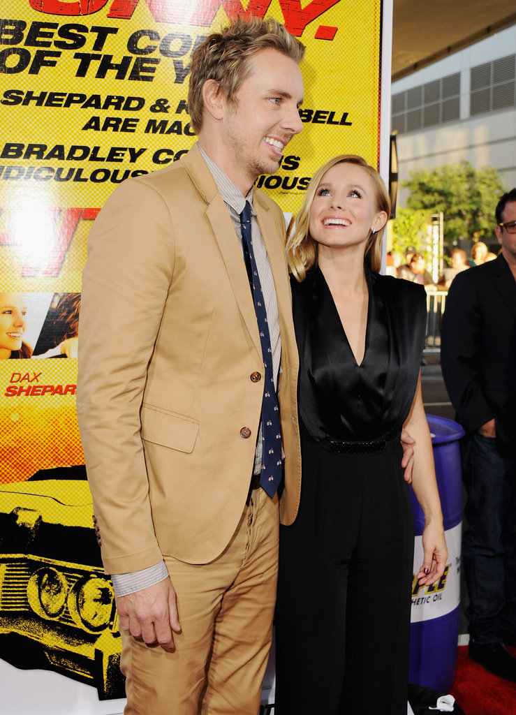Kristen Bell and Dax Shepard were all smiles on the red carpet.