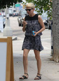 Michelle Williams grabbed a juice in Beverly Hills.