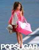 Suri Cruise carried her own bag.