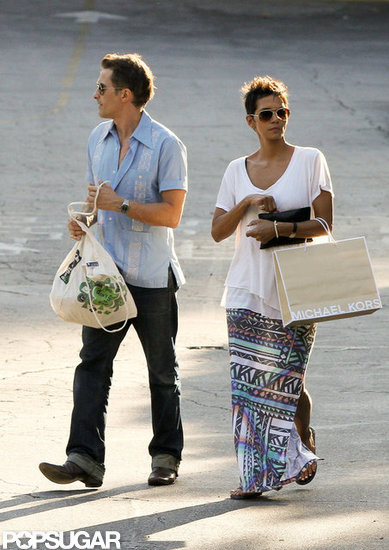 Halle Berry went shopping with Olivier Martinez.