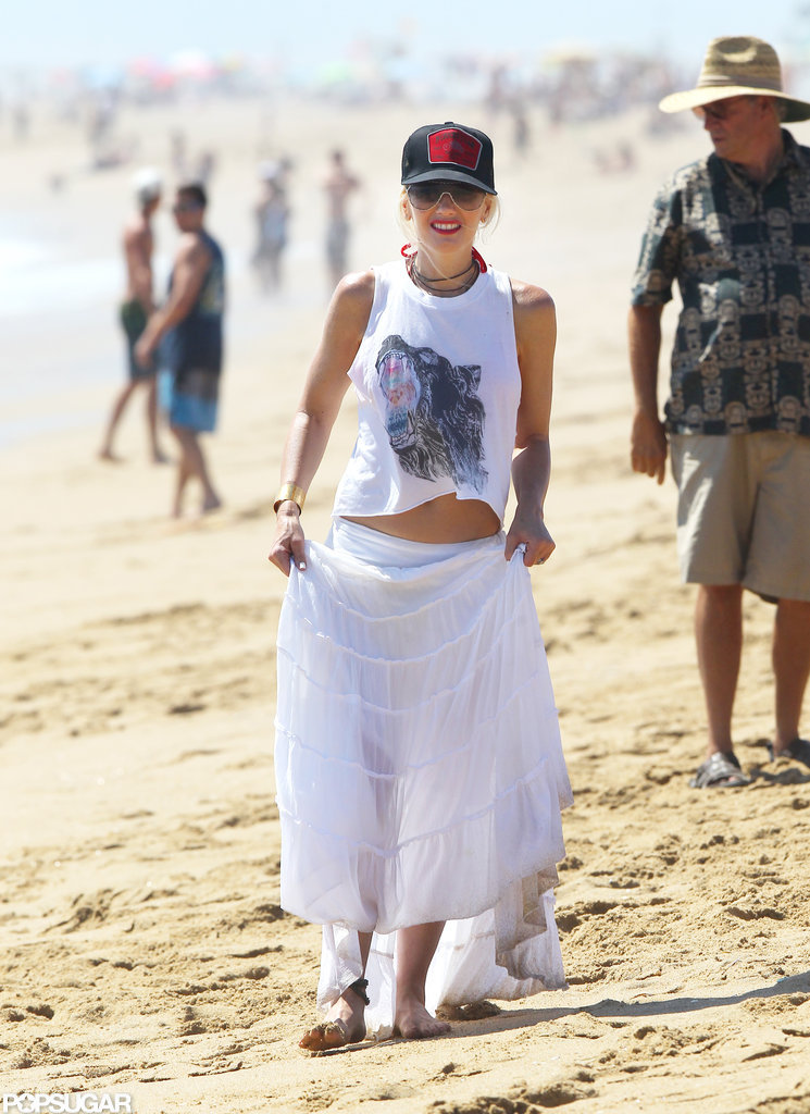 Gwen Stefani lifted her skirt in the sand.