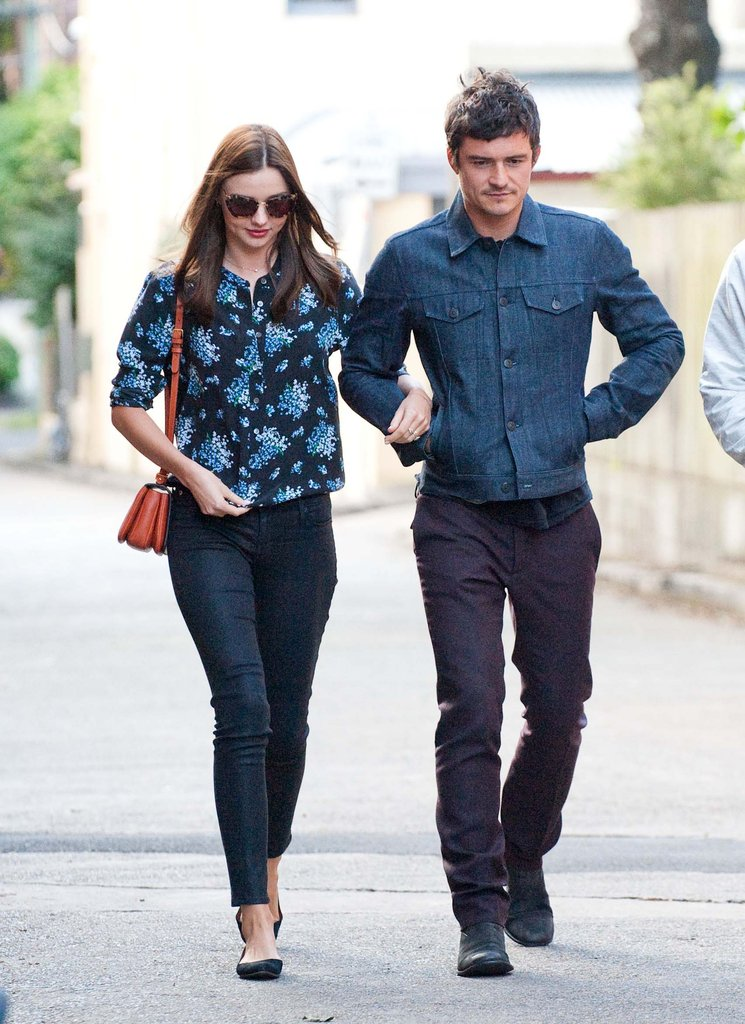 Miranda Kerr and Orlando Bloom stayed close Sydney.