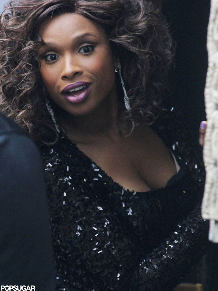 Jennifer Hudson was all smiles on set.