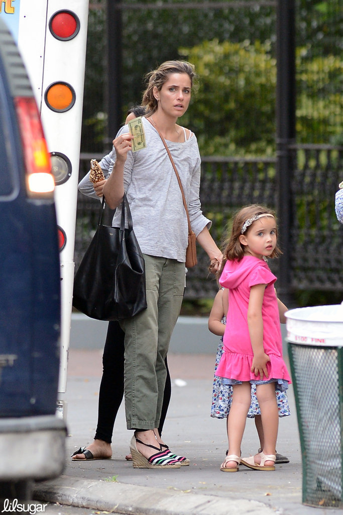 Amanda Peet got ice cream in NYC Friday with her daughter Frances.