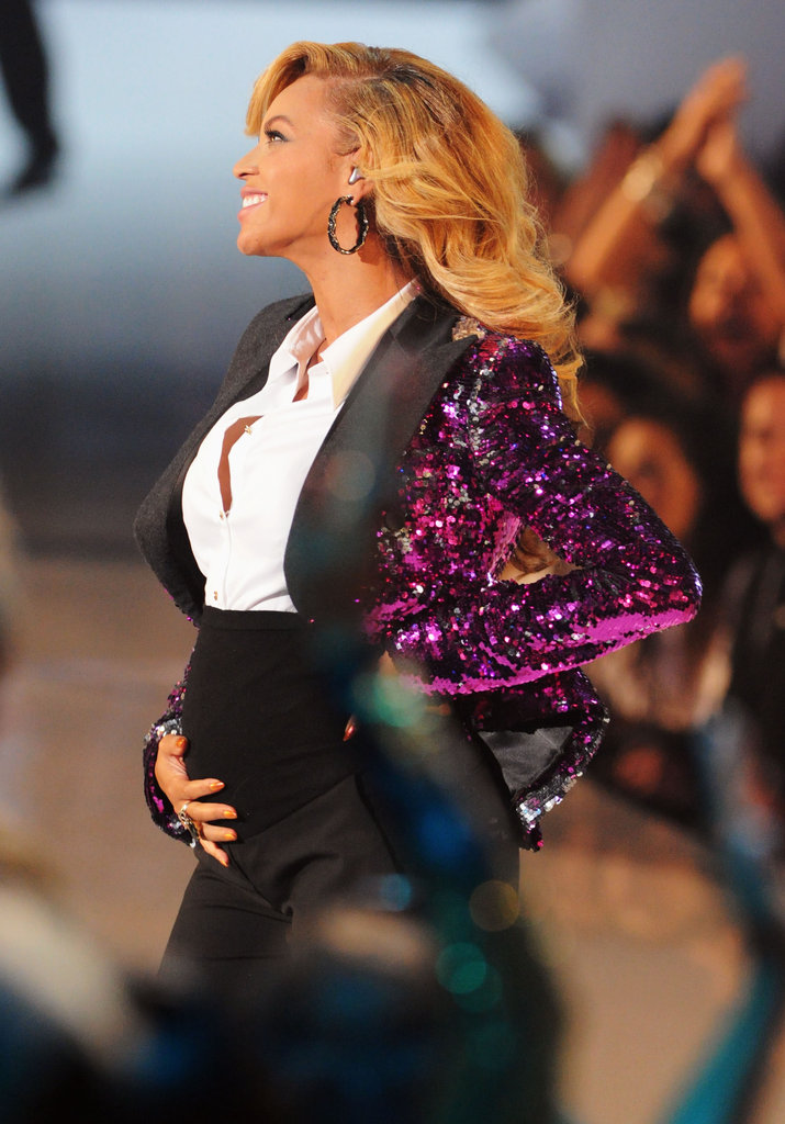 Beyoncé Knowles revealed she was pregnant during her performance at the 2011 show.