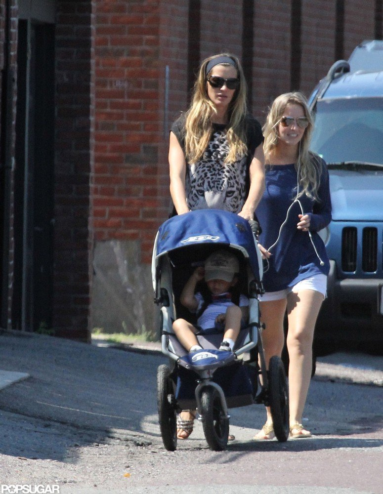 Gisele Bundchen pushed Benjamin in a stroller in Boston.
