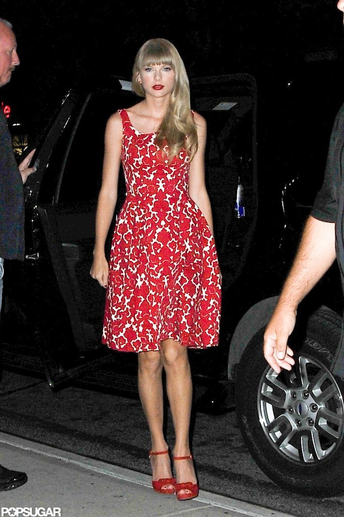 Taylor Swift wore bright lips in NYC.