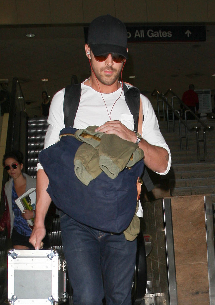Ran Gosling arrived at LAX.