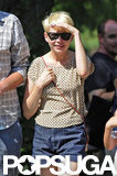 Michelle Williams shaded herself from the sun at the Bronx Zoo.