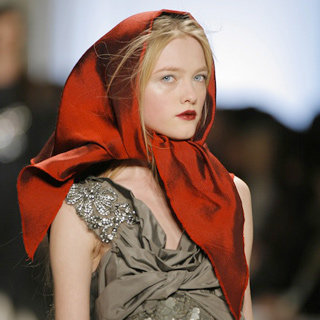 Best Looks From Vera Wang's Runways Over The Years