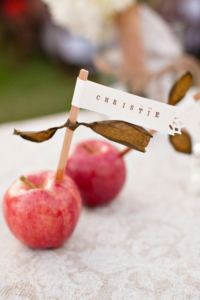 Apples as Escort Cards