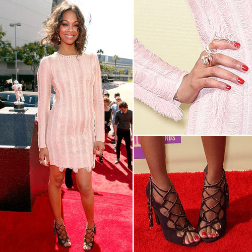 Pictures of Zoe Saldana in Ferragamo Fringed Dress on the Red Carpet at the 2012 MTV Video Music Awards