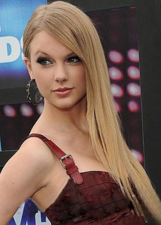 Taylor Swift  on C66c5e4ac6224ff2 Taylor Swift Long Straight Wig Jpg